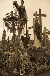 Hill of crosses 7 (1 av 1)