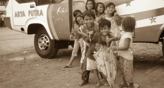 TillbakablicksTorsdag – VIP-buss i Indonesien