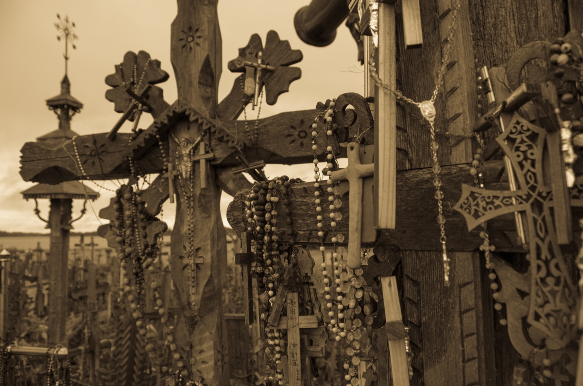 Hill-of-crosses-8-1-av-1